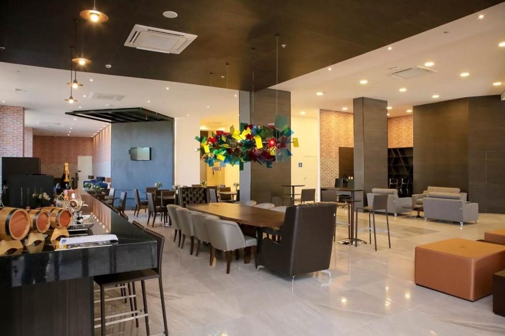 Bar Lobby - Tryp Ribeirão ErosConcept